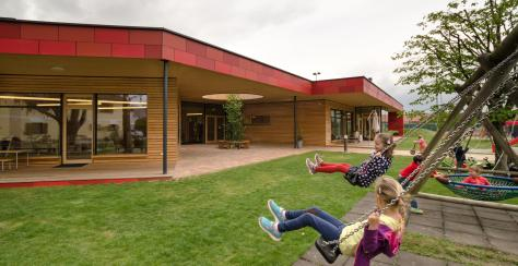 Zettling-11 Kindergarten - red - Arch Kos - Foto (c) Philipp Klein