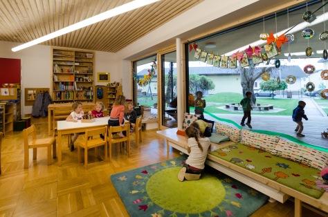 Zettling-24 Kindergarten - red - Arch Kos - Foto (c) Philipp Klein