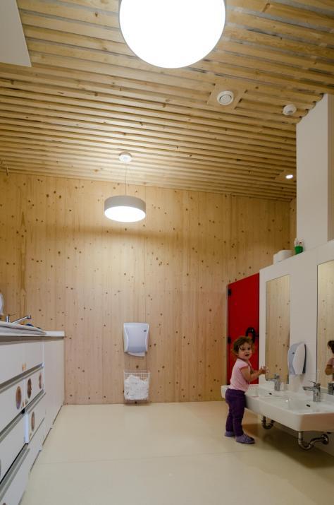 Zettling-25 Kindergarten - red - Arch Kos - Foto (c) Philipp Klein